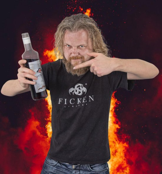 FICKEN 0,7l + Party T-Shirt